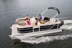 Sweetwater 20' pontoon boat for sale